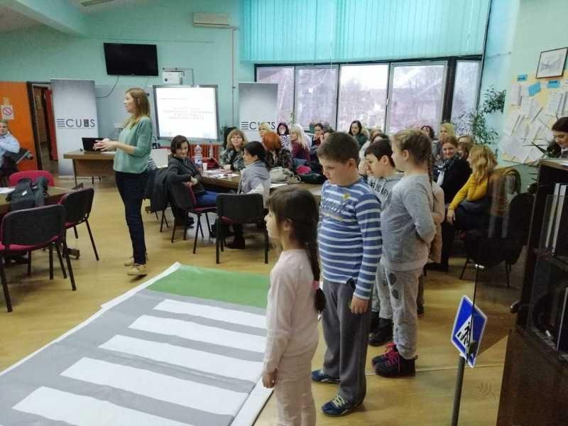 ПОЧЕЛА ЕДУКАЦИЈА УЧИТЕЉА О БЕЗБЕДНОСТИ У САОБРАЋАЈУ