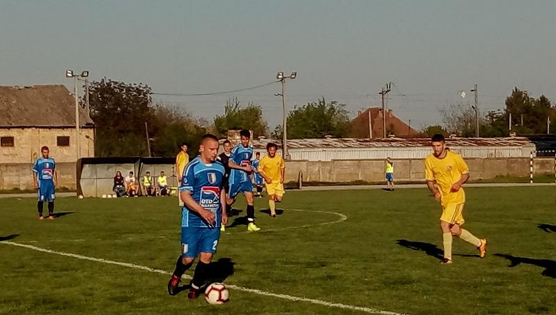 FK OMLADINAC : OFK SIRIG  0:2