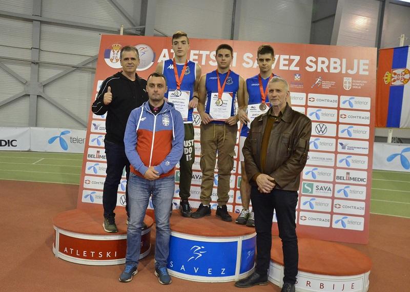 MEDALJE ZA JUNIORE PANONIJE Četiri medalje na Prvenstvu Srbije za mladje juniore